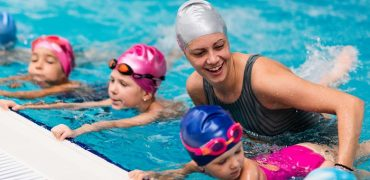 how to teach your kid to swim