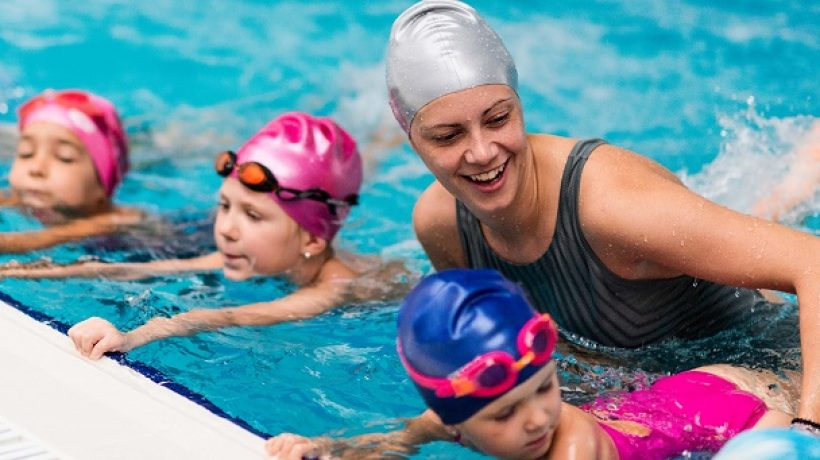 How to Teach Your Kid to Swim (Step by Step Guideline)