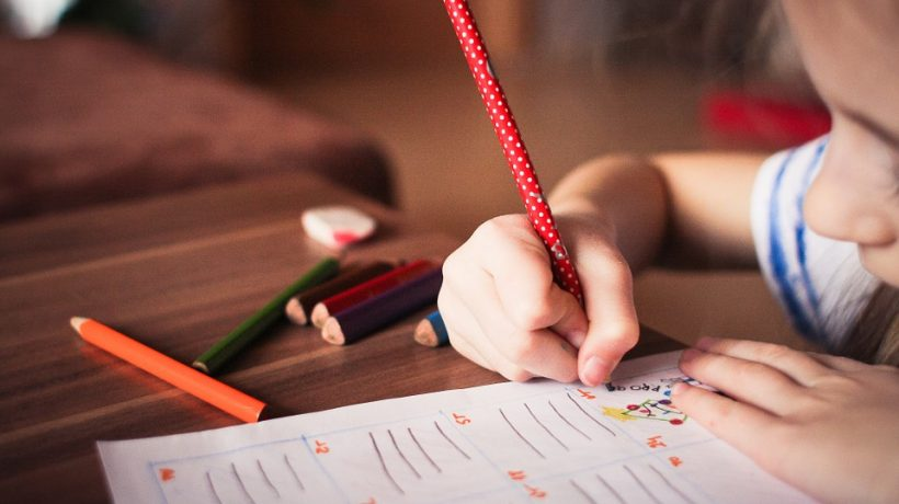 How to choose a child education center