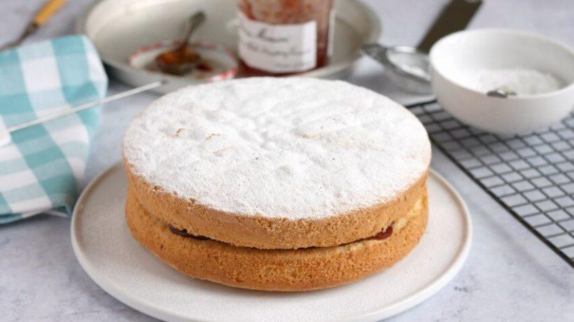 Fat free cake recipe: Follow the instruction it properly